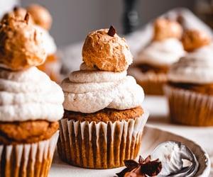 autumn, cupcake, and cupcakes image