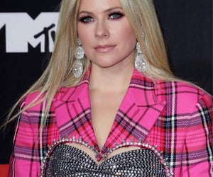 Avril Lavigne, fashion, and style image