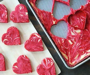 biscuits, coeur, and food image