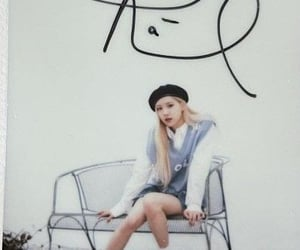 gone, yg entertainment, and r album image