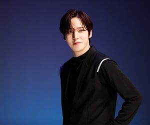 deja vu, genie, and jeong yunho image