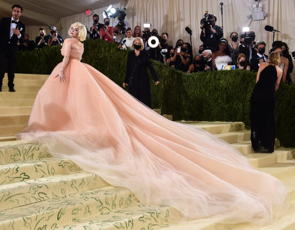 celebrities, gown, and billie eilish image