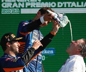 champagne, mclaren, and daniel ricciardo image