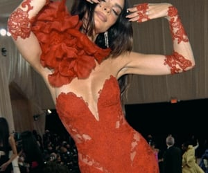 lace, women, and met gala 2021 image