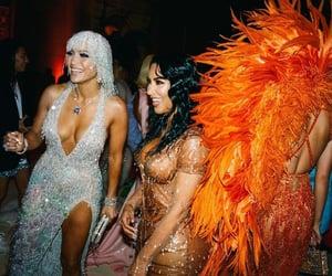 Jennifer Lopez, MET, and kardashian image