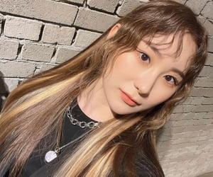 beauty, idol, and chaeyeon image