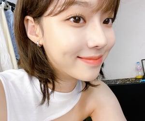 kim minjeong, kpop, and winter image