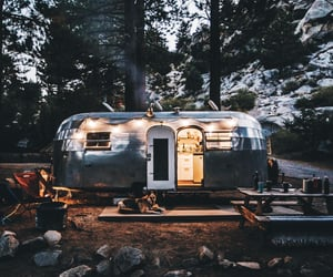 aesthetic and camping image