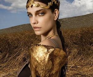 makeup, model, and gold image