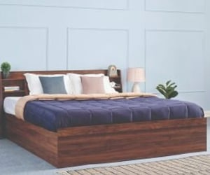 double king size bed image