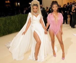fashion, gala, and chloe image