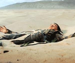 gif, tom hiddleston, and tv show image