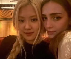 idol, kpop, and rose image