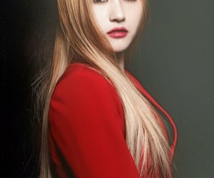 blonde hair, dreamcatcher, and kpop image
