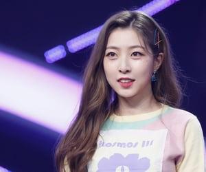 fashion, kpop, and pastel image