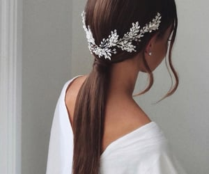 hair, hair style, and pretty image