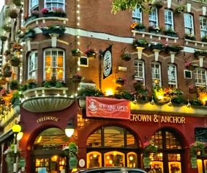 Crown And Anchor, London   @eve365