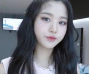icon, lq, and wonyoung image