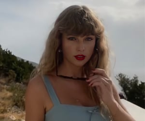 Taylor Swift, tiktok, and wildest dreams image