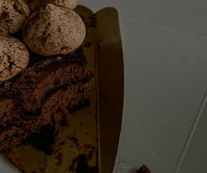 cake, désert, and chocolate image