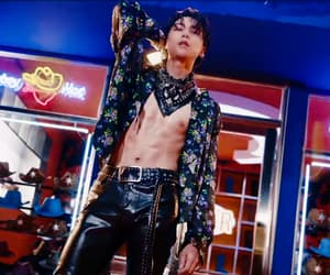 fashion, johnny, and Hottie image