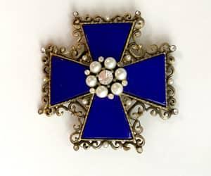 maltese cross brooch, etsy, and kramer image