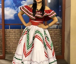 beauty, mexican, and viva mexico image