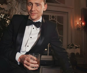 glass, tom hiddleston, and whiskey image