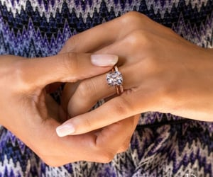 ahhh, engagement, and gorgeous image