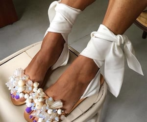 blogger, fashion, and high heels image