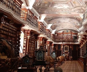 Clementinum historic library 🤎