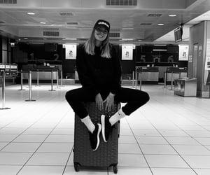 airport and verona image