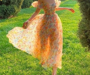 dress, fashion, and astrophe image