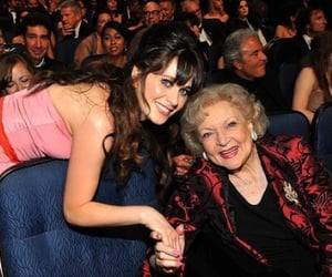 500 Days of Summer, zooey deschanel, and betty white image