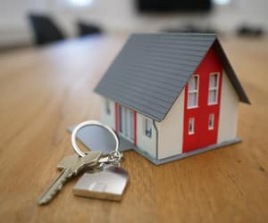 real estate agent, how can, and best price for property image