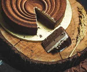 cakes, Lahore, and designer cakes image