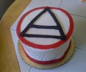 cake, triad, and echelon image