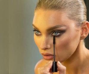 elsa hosk and model image