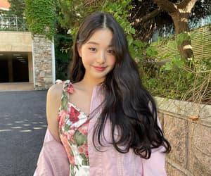 miyawaki sakura, kim minjoo, and kim chaewon image