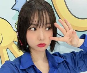 girl, selfie, and k-pop image