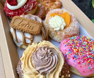delicious, donuts, and yummy image
