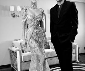 dress, kendall jenner, and met gala image