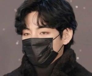 asian boy, icon, and kim taehyung image