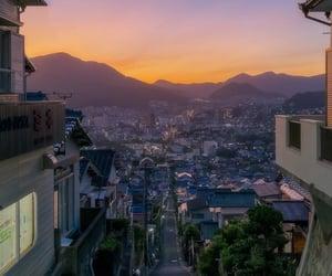 暮れなずむ坂の街長崎 _ この幻想的な夕暮れいいですね☺️
