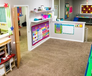 daycare omaha, flexible daycare near me, and child care centers omaha image