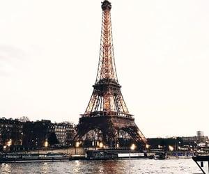 paris and paris eiffel tower image