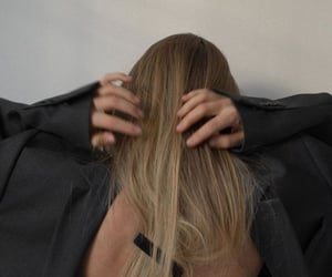 aesthetic, blonde, and straight hair image