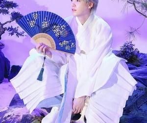 asian boy, kpop, and wallpaper image
