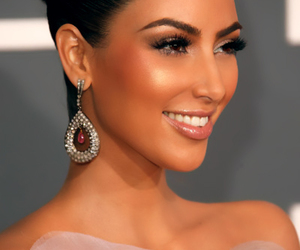 kim kardashian, makeup, and smile image