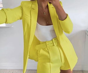 🌼 YELLOW CLOTHES 🌼